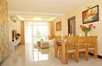 Bán căn hộ chung cư 146m2, 3PN, tòa 101 Láng Hạ, DT: 146 m2