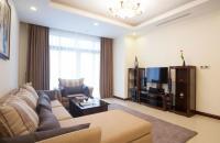 Cần bán căn hộ Đơn Nguyên 3, DT 160m2 chung cư 15 - 17 Ngọc Khánh, Ba Đình