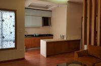 Bán căn hộ chung cư tầng cao tòa Hà Đô Park View, Dịch Vọng, Cầu Giấy, HN căn 2PN đầy đủ đồ