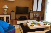 Bán căn hộ 71 Nguyễn Chí Thanh 76 m2, 2 PN, nội thất đẹp, view hồ, giá 2,6 tỷ