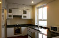 Bán chung cư Vinhomes căn hộ 2 phòng ngủ DT 60m2, nhiều tiện ích 5 sao, giá 2 tỷ