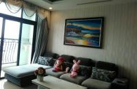 Bán căn hộ R1 Royal City, diện tích 131.8m2 đầy đủ nội thất giá 40tr/m2, liên hệ 0978029420