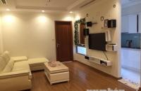 Cho thuê căn hộ chung cư cao cấp Vinhomes Nguyễn Chí Thanh, Đống Đa. Căn 1PN full đồ