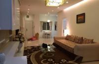 Bán căn hộ Platium số 6 Nguyễn Công Hoan, DT: 112m2, nhà đẹp, view hồ, giá 43,5 triệu/m2