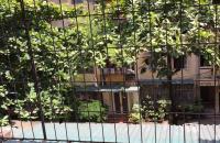 Bán căn hộ 1,35 tỷ ngõ 128 Đại La, Hai Bà Trưng, 55m2, tầng 3 ô tô đỗ chân cầu thang