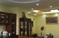 Bán gấp căn hộ chung cư E3 Vũ Phạm Hàm, Yên Hòa, DT 79.2m2, giá 2.5 tỷ