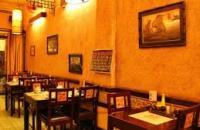 Bán nhà hàng sang trọng tại Tràng Thi, Hà Nội. 3 tầng, 100m2. Sỗ đỏ, chính chủ, 29.9 tỷ.