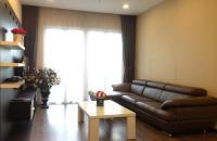 Cần bán căn hộ chung cư Hoà Bình Green City, ban công Đông Nam