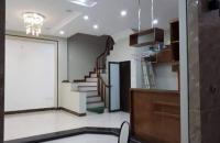 Bán nhà Nguyễn An Ninh, quận Hai Bà Trưng, 30 m2, mặt tiền 3.5m, 2 tỷ.