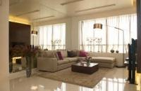 Chính chủ cần bán gấp căn hộ vip nhất tòa R3, khu đô thị Royal City 135m2, giá 7.3 tỷ