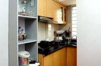 Bán căn hộ 34m, 1 ngủ, Chùa Láng, nhà ngay mặt phố. LH 0973688060