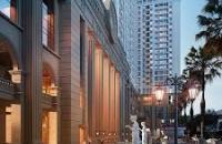 Tổ hợp thương mại dịch vụ và căn hộ cao cấp Roman Plaza.