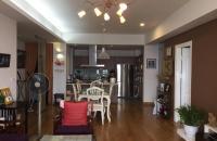 Cần bán căn hộ chung cư ở số 6 phố Đội Nhân, quận Ba Đình