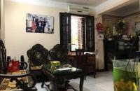 Cần bán nhà tập thể Huỳnh Thúc Kháng, Láng Hạ, Đống Đa, 2 phòng ngủ, 3 mặt thoáng