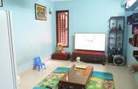 Bán căn hộ tập thể Quỳnh Mai, tầng 3, 60m2, sàn gỗ