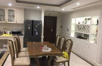 Tôi cần bán gấp căn hộ 99m2 tòa B Tân Hoàng Minh, 36 Hoàng Cầu. Giá: 5.6 tỷ, LH:0946 607669