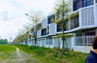 Chính chủ bán căn khe thoáng huớng đông nam dãy TT6-2 diện tích 85m, LH:0972.055.399