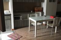 Cần bán căn hộ chung cư full nội thất 17t3 Hapulico - Trung hòa nhân chính. Diện tích 85,7 m2