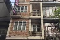 Cho thuê gấp nhà 5 tầng ở Trâu Quỳ, ngay cổng HV Nông Nghiệp.