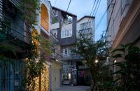 Nhà 2 mặt thoáng, mặt tiền 6m, phố Vĩnh Phúc, giá 3,3 tỷ.