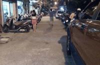 Cần bán gấp nhà phố Quỳnh Mai 60m2, đường ô tô tránh, kinh doanh mọi loại hình, 2.3 tỷ!!!