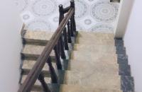 Nhà mặt ngõ phố Thái Hà, diện tích 40m2, mặt tiền 6m, giá 1.7 tỷ.