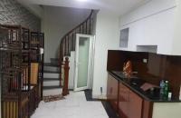 Chính chủ bán nhà mặt phố Hoàng Văn Thái, quận Thanh Xuân, 50m2, giá 11.5 tỷ.