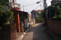 Bán gấp 32m2 đất xóm 5 đông dư, mặt tiền 3m70, đường 3,5m, giá 23Tr/m2.
