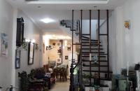 Bán nhà Xuân Thủy, Cầu GIấy DT 42m2*4,5 tầng, oto đỗ cách 40m, giá 3.5ty