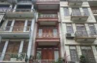 Bán nhà đường Hoàng Quốc Việt, 5 tầng, phân lô quân đội, 3.65tỷ.
