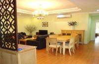 Bán căn hộ 181m2-3PN tòa 25T1 Hoàng Đạo Thúy, nhà sửa đẹp chỉ 26tr/m2