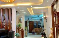 Hiếm bán nhà riêng Duy Tân, 70m2x4T, Mặt tiền 5m, Lô góc, Kinh Doanh đỉnh.
