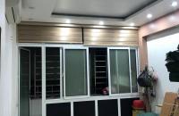 Cần bán gấp nhà mặt phố Nguyễn Văn Cừ 60m2, 5 tầng, mặt tiền 4.7m, giá hợp lí 4.25 tỷ.