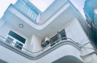 Bán nhà 84 m2 Hoàng Hoa Thám Bình Thạnh giá 6,9 tỷ.
