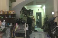 Bán nhả TTQ3, 3 lầu, Nguyễn Đình Chiểu. Gía 5t8.