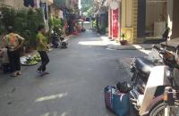 Bán nhà khinh doanh phố Phan Văn Trường, Oto đỗ, đông SV , 5,5 tỷ