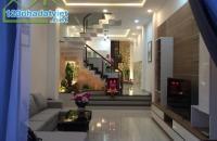 HOT! Chính Chủ cần bán căn nhà ở Phố Kim Mã DT 36m2x5T MT 5m Giá 3.9 Tỷ