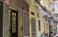 Bán nhà 5T Đê La Thành, Đống Đa, ngõ thông, 2 mặt thoáng, CHỈ 3.3 TỶ