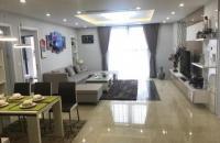 Cần bán gấp CH 16 chung cư 60 Hoàng Quốc Việt, diện tích 117m2, giá 28tr/m2