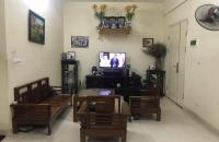 Gia đình bán lại căn hộ tầng trung 75m2, 2 ngủ tại CT2 Nam Xala.