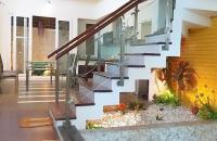 Bán nhà mặt ngõ Hàm Rồng 65m2 x 5 tầng ô tô để trong nhà, KD, giá 7,3 tỷ