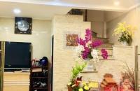 BÁN NHÀ MẶT PHỐ Ngô Gia Khảm, Long Biên 6 tầng 4.5 tỷ, kinh doanh, đầu tư siêu đỉnh. LH: 0977.611.089