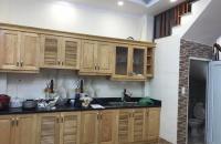 Nhà nhỏ xinh, ngõ thông phố Nguyễn Khánh Toàn giá chỉ 2 tỷ 8. LH 0349157982.