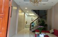 Nguyễn Lương Bằng 41m2 nhà mới toanh 3 mặt thoáng