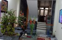 Bán nhà ngã tư Thanh Nhàn,Bạch Mai,20m,3 tầng ,giá 1,76 tỷ.Lh 0989126619.