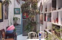 Cần bán gấp nhà phố Yên Hoa 76m2; 3 tầng; mặt tiền 6m; giá 13.5tỷ. Mã số 2609T1.
