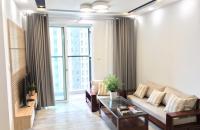 Cần bán gấp CHCC Seasons Avenue – Mỗ Lao, 2 PN, giá 2.3 tỷ -  dt 72m2, full đồ đẹp.