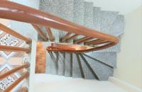 Cần bán gấp nhà phố Bạch Mai, Hai Bà Trưng 27m, 5T, giá 2,1 tỷ. LH 090.453.7729
