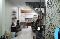 *Chủ nhà cần bán gấp nhà phố Đội Cấn, Vĩnh Phúc, Hoàng Hoa Thám, 62m, 4 tầng, mặt tiền 4.5m, chỉ ...