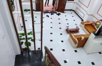 Bán nhà mới 5 tầng, 5 phòng ngủ cách ngã tư Canh 700m, giá chỉ 2,35 tỷ LH CĐT: 0986472186.